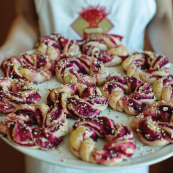 Beetroot Amaretto Rolls