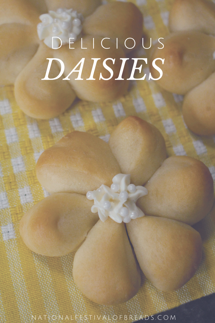 These Delicious Daisies are the most adorable thing we've ever seen! We've got step-by-step photos to ensure this delightful project doesn't end up a Pinterest fail!